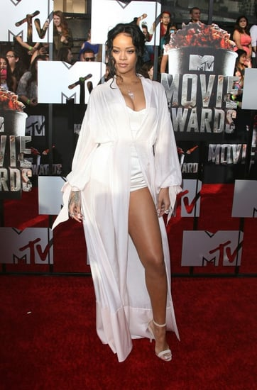 """Hot Mess: Rihanna wears """"Chic"""" Nightgown to MTV Movie Awards 2014"""