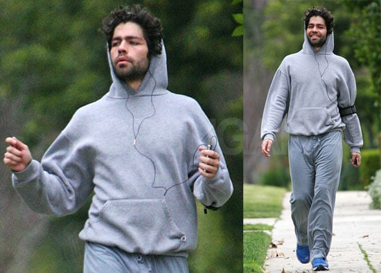 Adrian Grenier Goes For a Jog in LA on Jan. 27, 2008