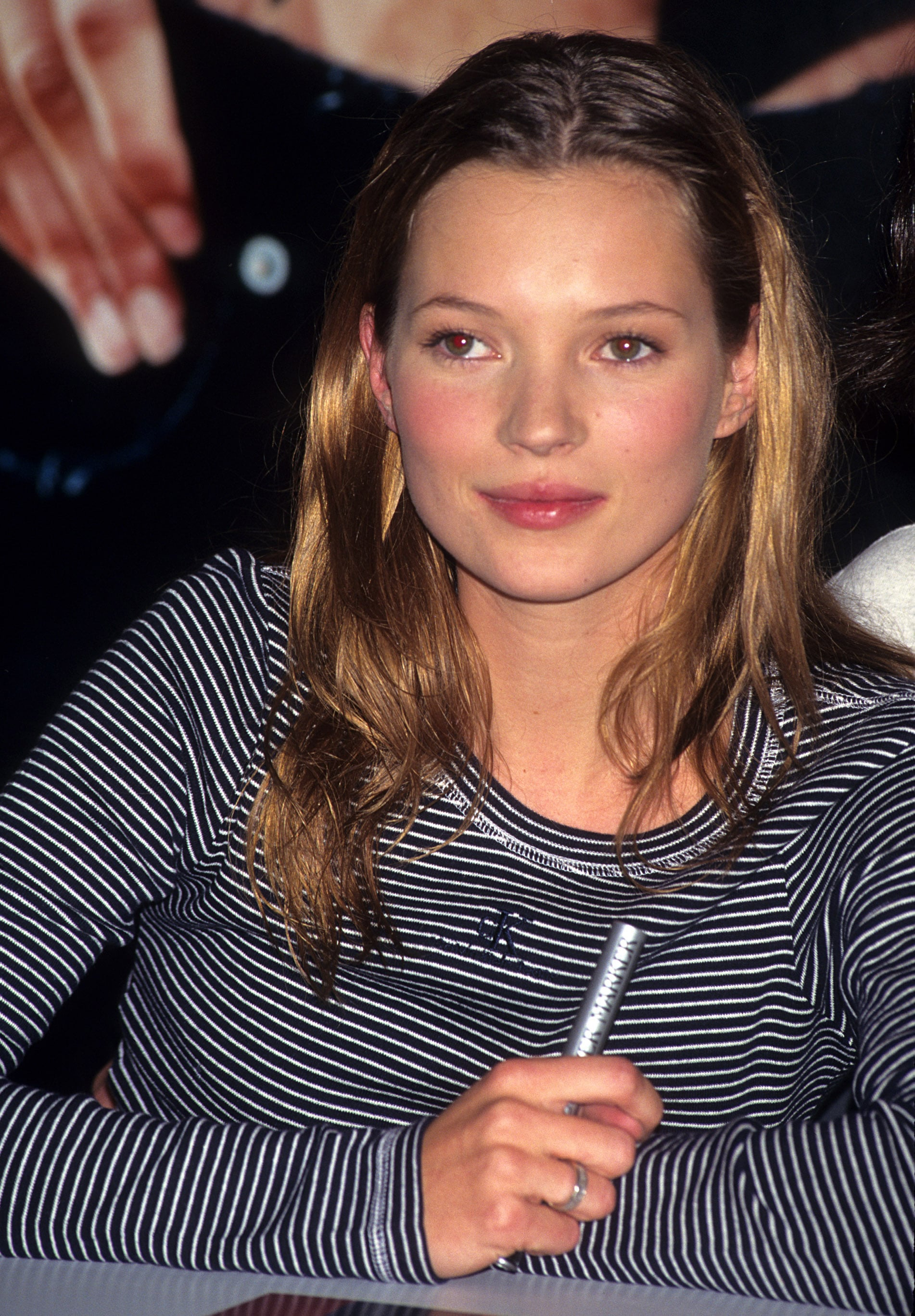 Kate Moss Celebrities Of The 39 90s And The Beauty Looks They Loved Popsugar Beauty