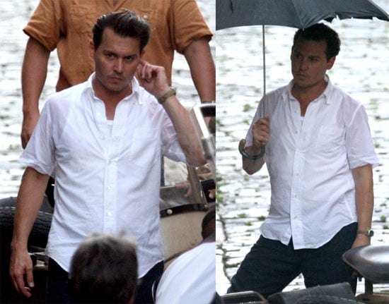 Photos of Johnny Depp Filming The Rum Diary 2009-06-05 10:00:14