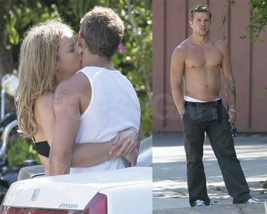 Shirtless Photos of Ryan Phillippe Kissing Abbie Cornish in LA