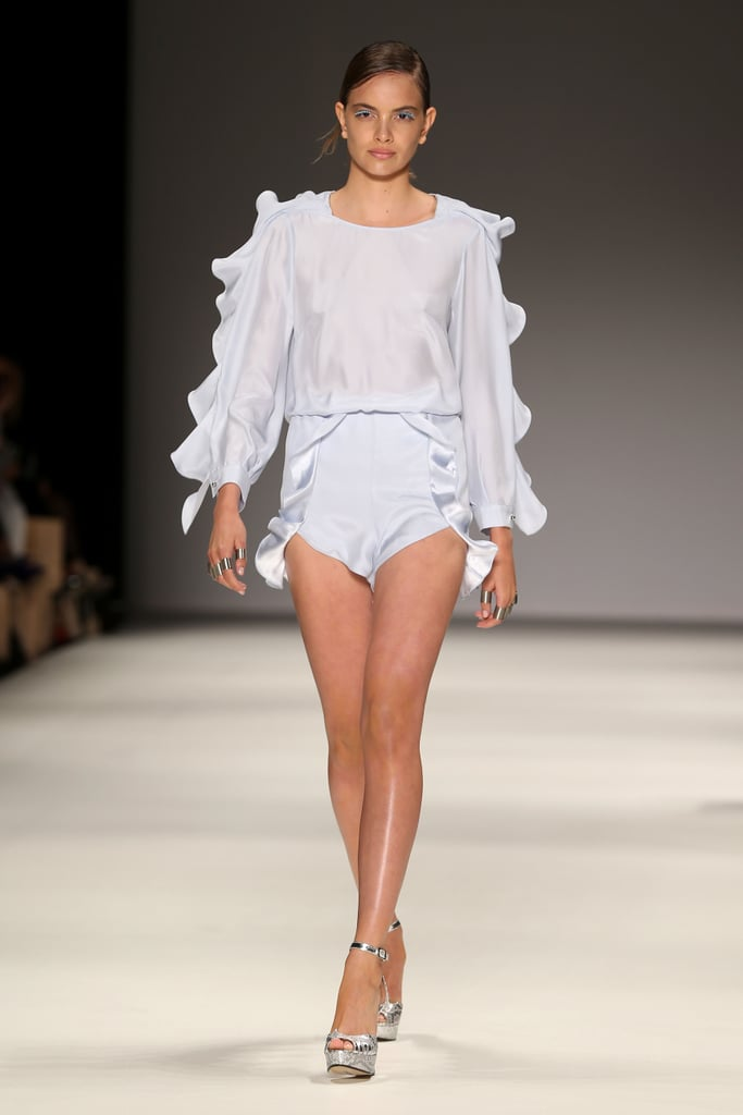 Alice McCALL Show Review