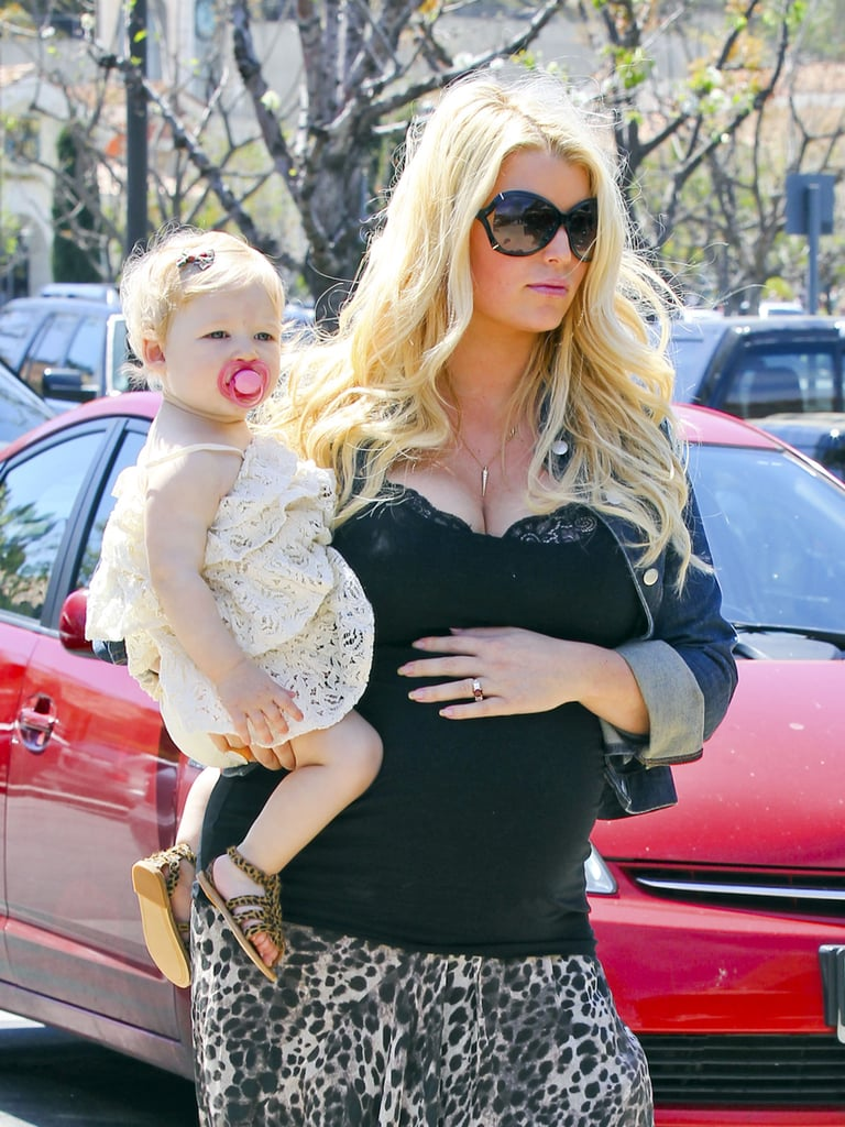 Jessica Simpson and Maxwell Johnson stepped out in LA for a seafood lunch on Saturday.