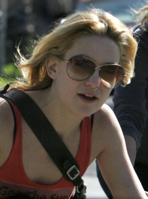 Kate Hudson Is a Biker Chick