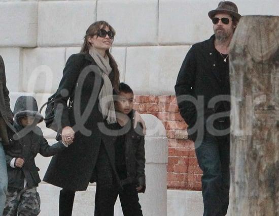 Photo of Brad Pitt, Angelina Jolie, Maddox Jolie-Pitt and Pax Jolie-Pitt in Venice
