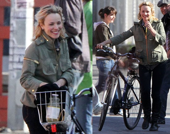 Pictures of Rachel McAdams Riding Her Bicycle in Toronto