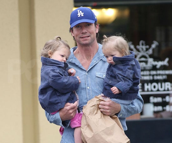 Slide Picture of Jerry O'Connell and Twins Dolly and Charlie