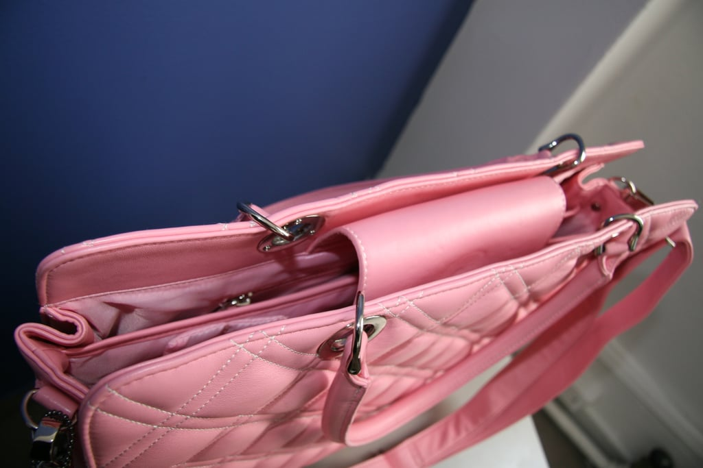Win A Pink Laptop Carrier!