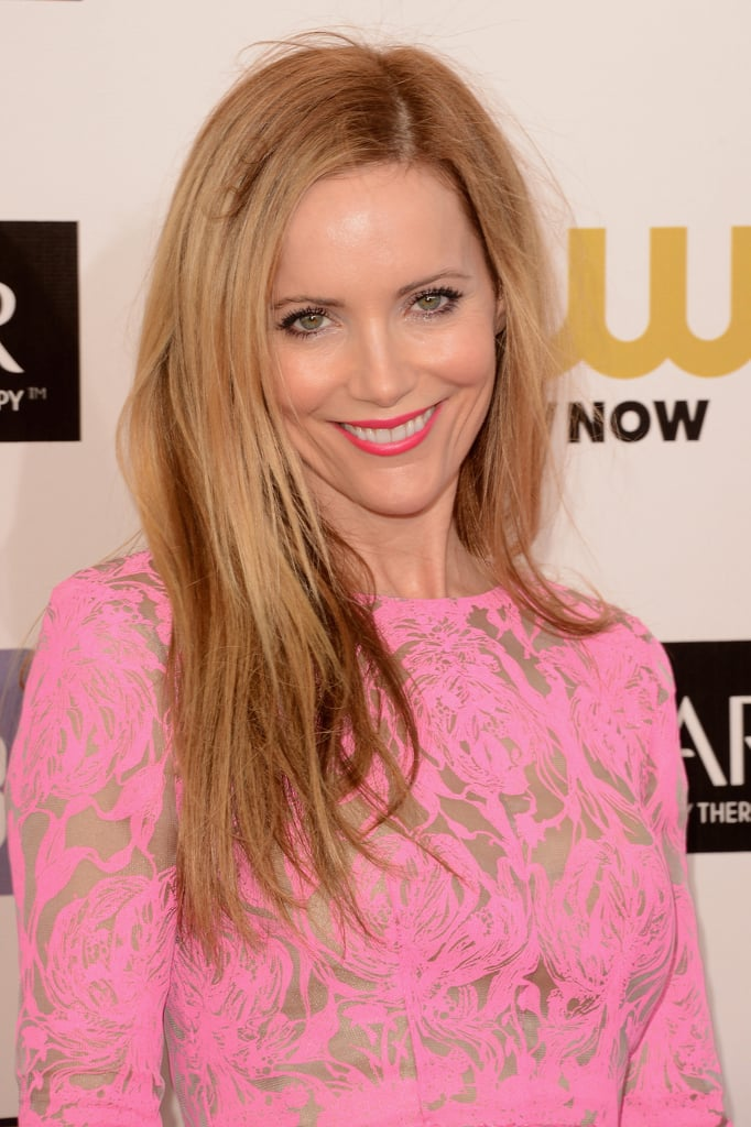Leslie Mann smiled on the red carpet at the Critics' Choice Awards.