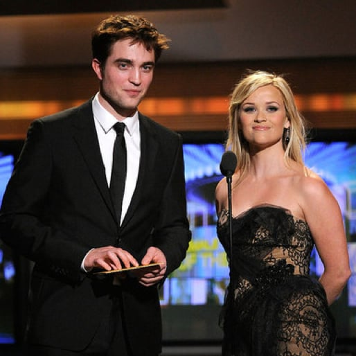 Pictures of Robert Pattinson and Reese Witherspoon at the Academy of Country Music Awards 2011-04-03 20:44:22