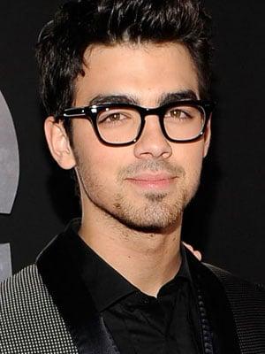 Joe Jonas: So Impressed by Ashley Greene! - The Hollywood