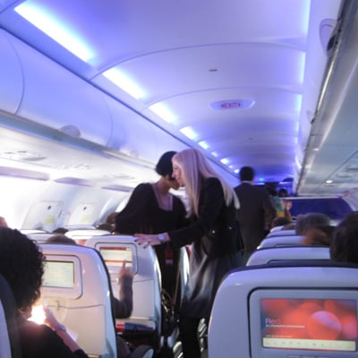 Cruisin' Up to 35,000 Feet —Let the Net Surfing Begin