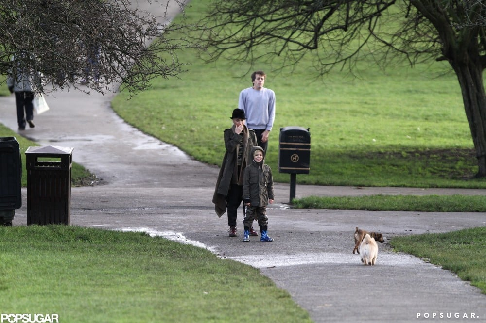 Gwen and Gavin Stick to Tradition and Spend Christmas in London