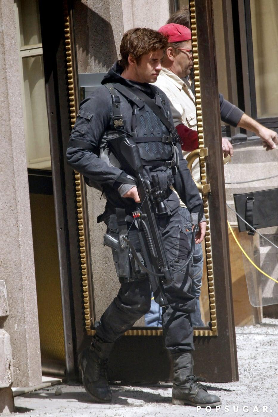 Hemsworth jumped into Gale's combat uniform.