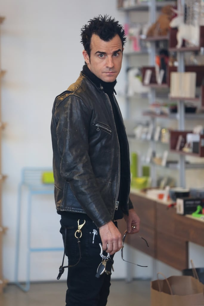 Justin Theroux examined some potential gifts.
