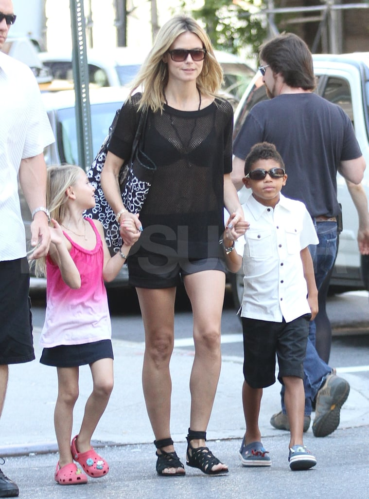 Heidi Klum held hands with her oldest kids, Leni Samuel and Henry Samuel.