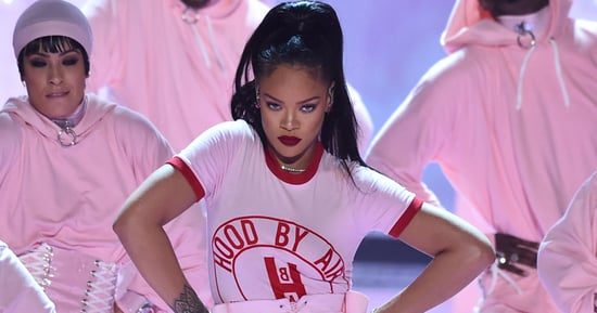 Rihanna 2016 VMAs: This Foundation Lasted Her Through 4 Performances and That Epic Drake Moment
