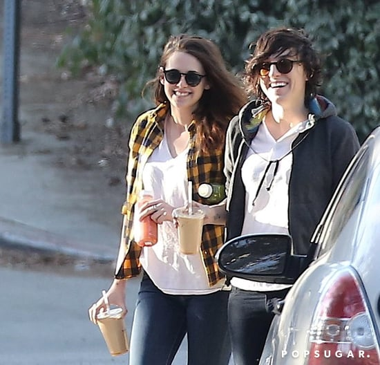 Kristen-her-friend-laughed-while-carrying-drinks