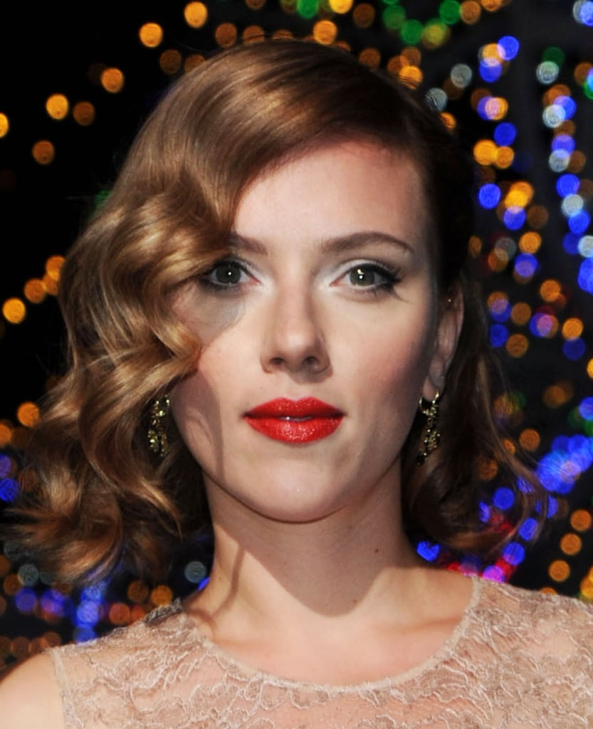 Scarlett Johansson wore bright red lipstick.