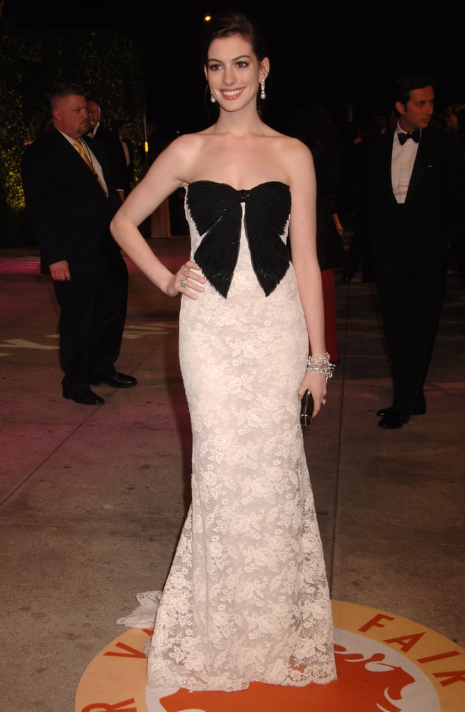 In bow-adorned Valentino for the 2007 Vanity Fair Oscar party.