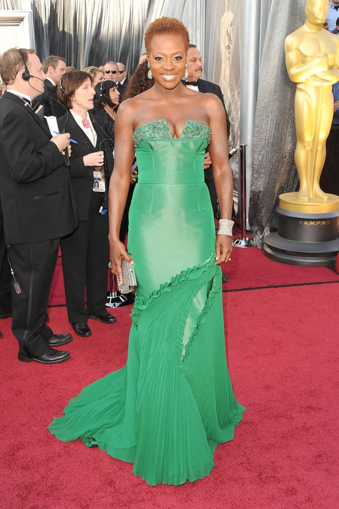 Viola Davis had a train of green silk chiffon on her Vera Wang dress.