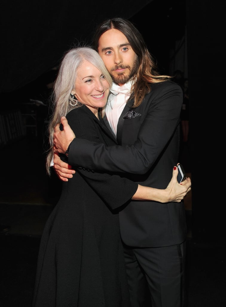 He hugged his mom, Constance Leto, tight while celebrating his SAG Award win — so sweet!
