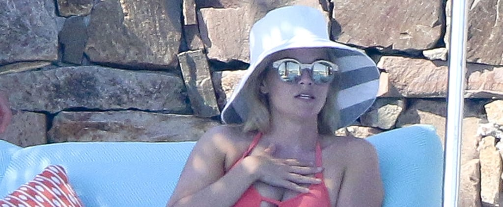 Reese Witherspoon Is an Extra Ray of Sunshine During Her Girls' Trip to Mexico