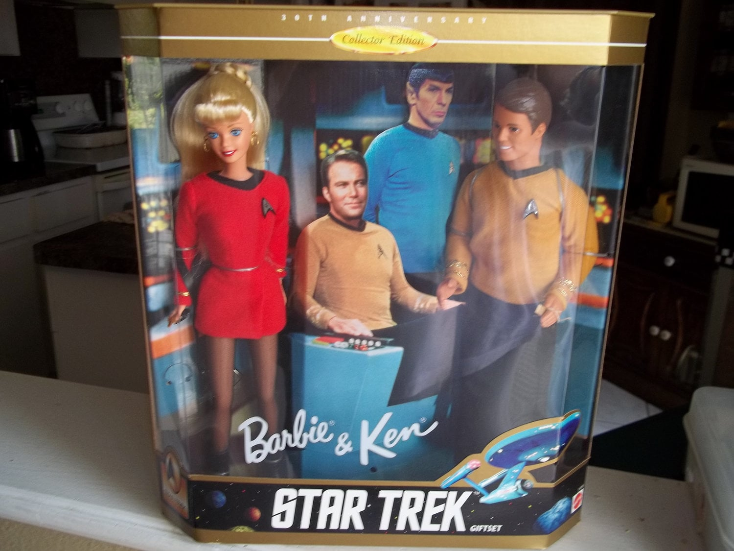 Star-Trek-Barbie-amp-Ken-35-would-make-fun-kitschy-wedding.jpeg