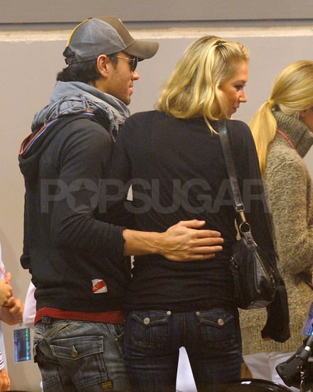 Pictures of Anna Kournikova and Enrique Iglesias in Florida