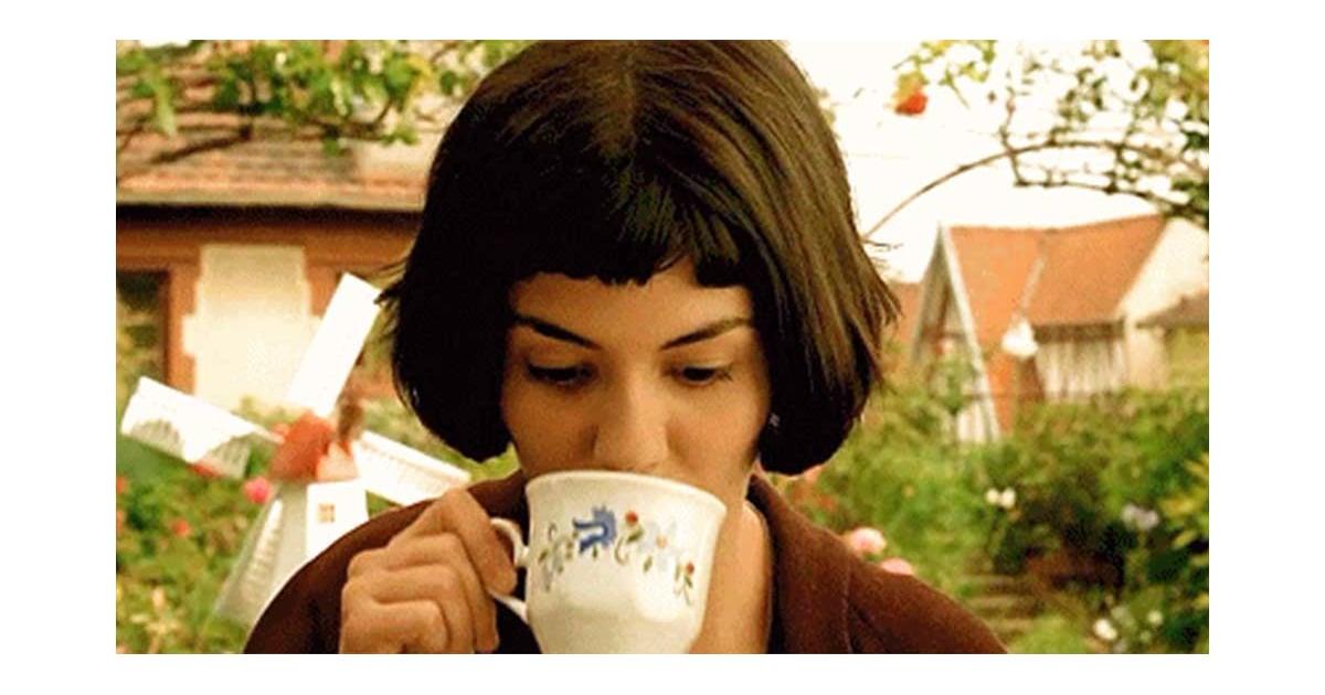 Чай пьют в кино