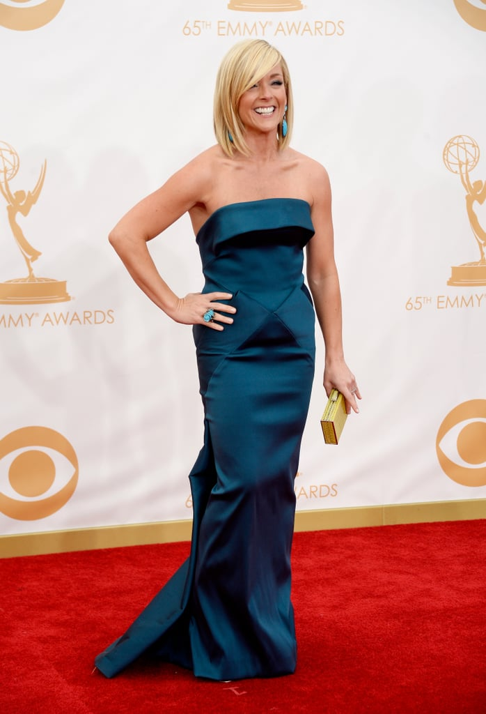 Jane Krakowski struck a pose on the Emmys red carpet.