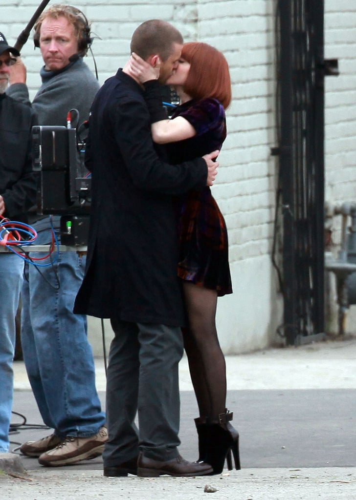 Justin and Amanda Lock Lips During a Steamy Day on Set