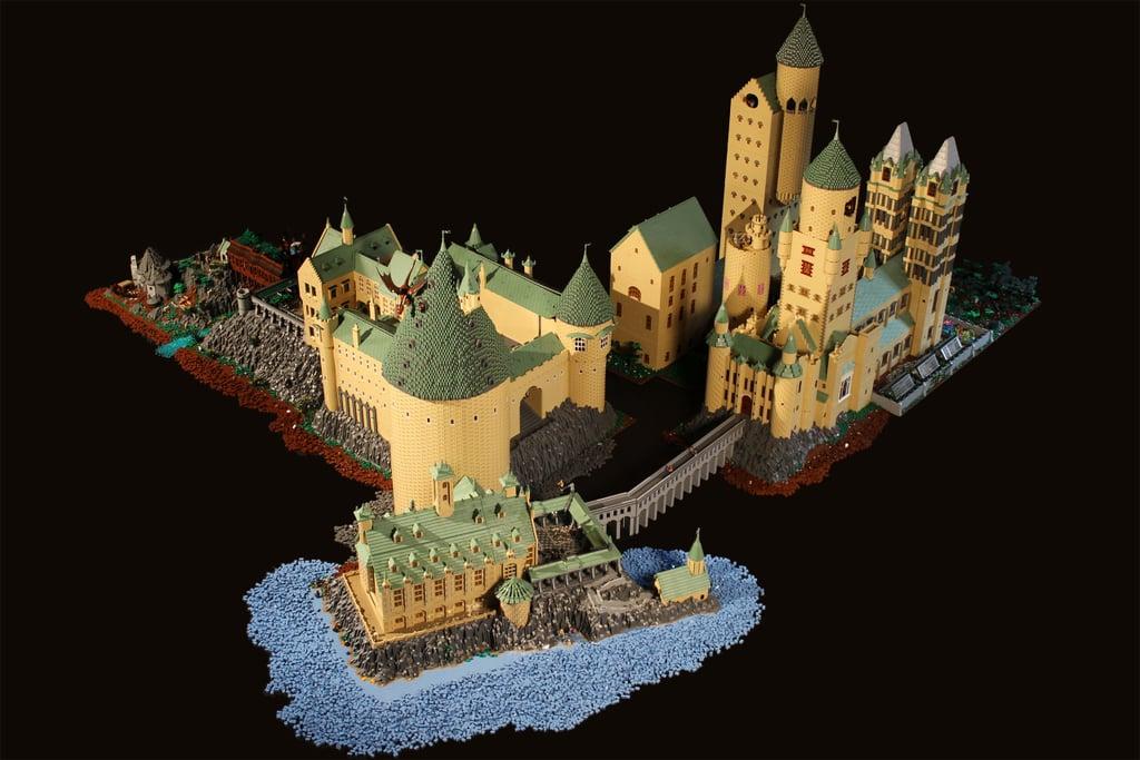 lego hogwarts castle popsugar tech. Black Bedroom Furniture Sets. Home Design Ideas