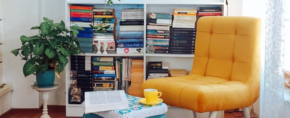 55 Real-Life Reading Nooks to Inspire Your Bookish Sanctuary