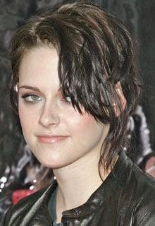 Kristen Stewart at Remember Me Pics