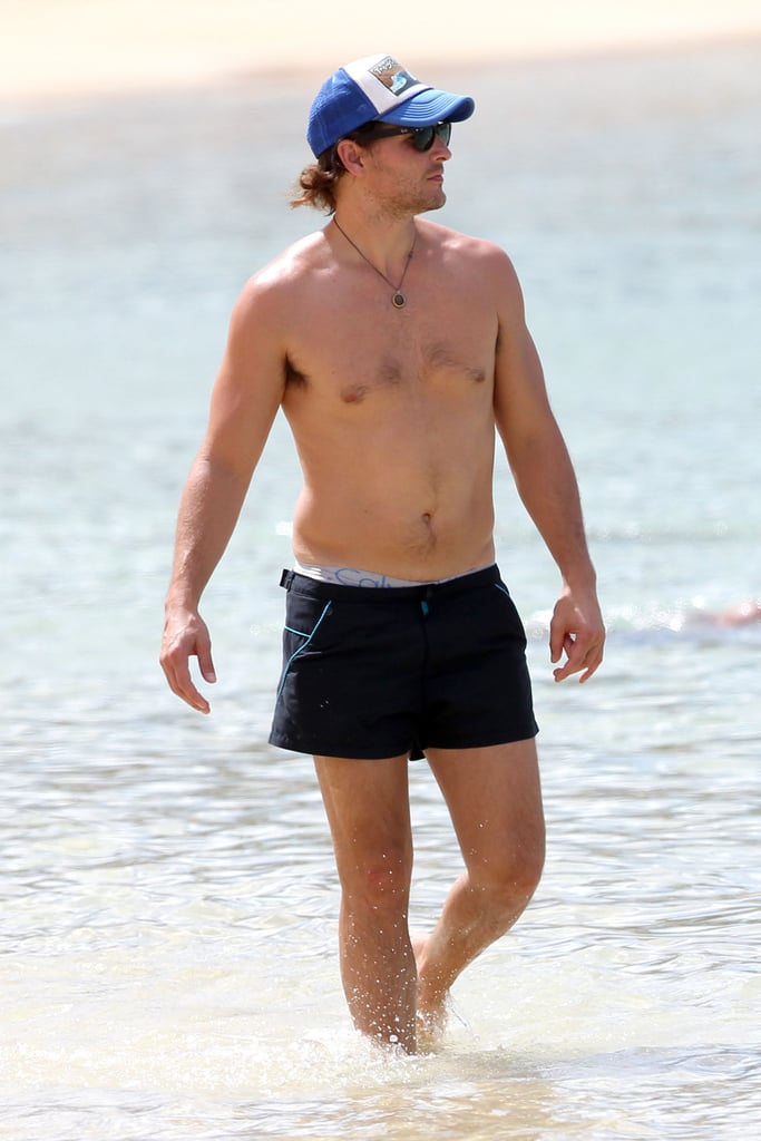 Peter Facinelli showed off his toned form while in Hawaii in September.