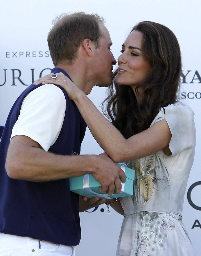 Prince William and Kate Middleton Kissing | POPSUGAR Love ...
