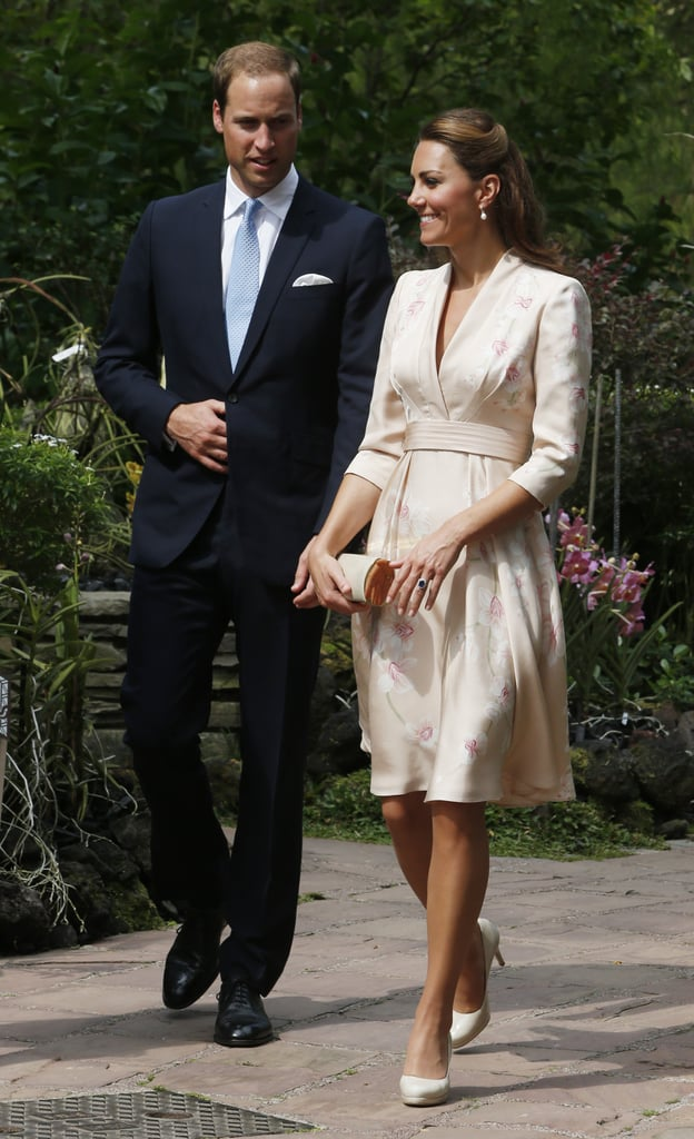 Prince William and Kate Middleton walked through the botanical gardens in Singapore.
