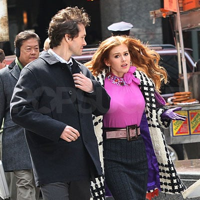 Isla Fisher and Hugh Dancy on the Set of Confessions of a Shopaholic