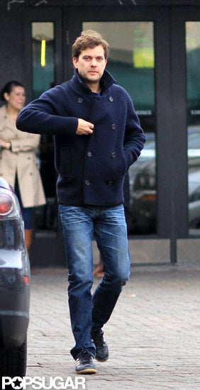 Joshua Jackson watched the San Francisco 49ers game at a sports bar in Vancouver.