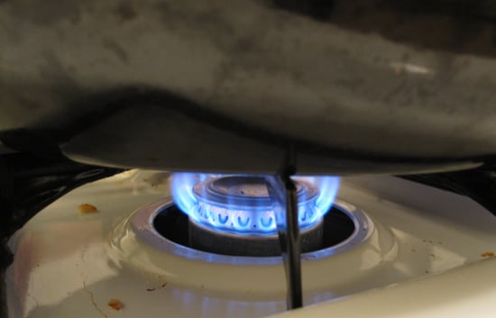 Simple Tip: Rotate Ingredients When Cooking Over Gas