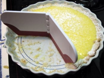 Yummy Links: From Pie Gates to Homemade Twix