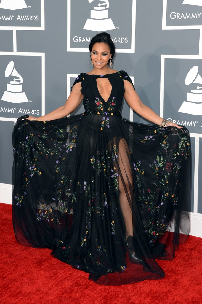 Ashanti showed off her Tony Ward Couture dress on the Grammys red carpet.