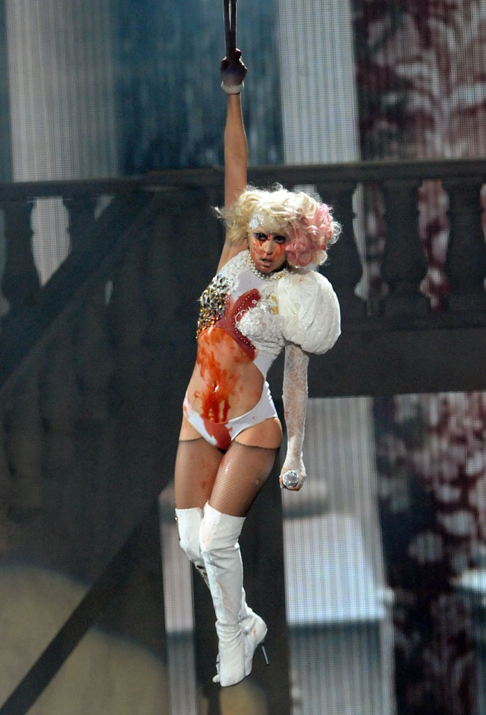 She Literally Bled on Stage During Her 2009 VMA Performance
