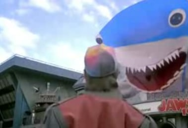Jaws 19's Holographic Promo