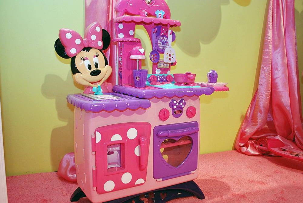 Minnie Mouse Bowtastic Kitchen
