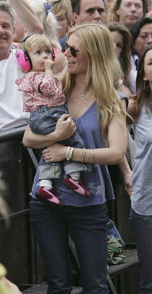 20 Stylish Celebrity Moms