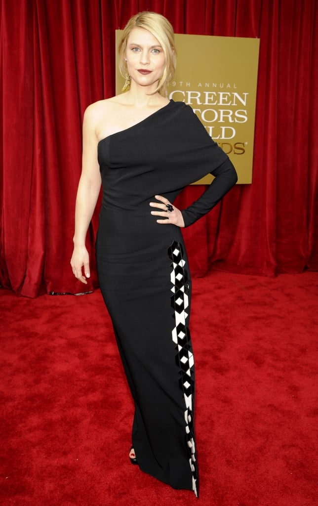 Claire Danes posed on the SAG Awards red carpet.