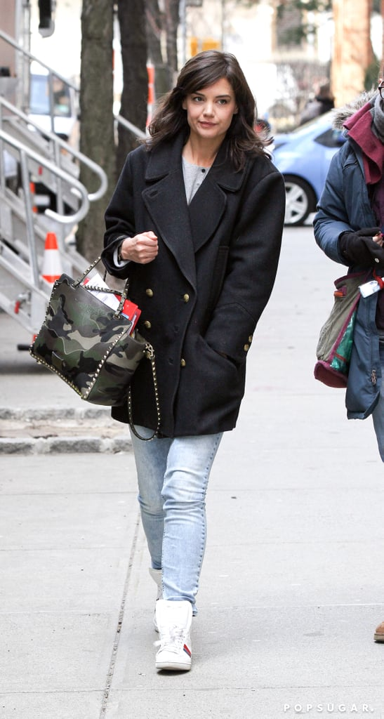 On Thursday, Katie Holmes walked to the set of Dangerous Liaisons in NYC.