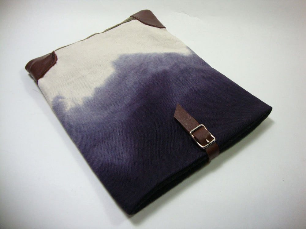 Tote Your Tablet in Handmade Style
